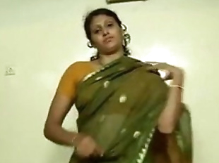 An indian mallu hot neighbour bhabhi teaching..