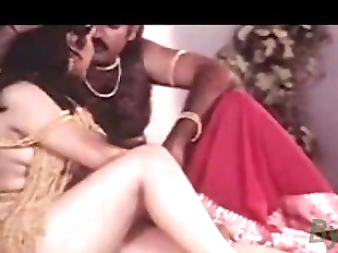 Indian Hot Sexy Actress Reshma Nude Video clip..