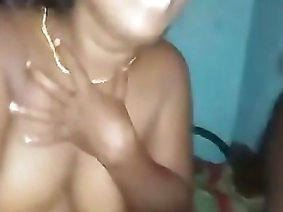 Desi indian aunty sexy blowjob 36 sec