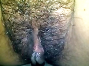 ready to pee pt.1 : I bet this pussy will..