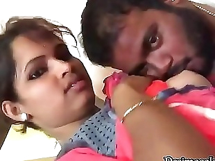Sucking My Girl Friend Poojas Boobs 47 sec 720p