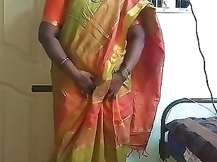 Indian desi maid forced to show her natural tits..